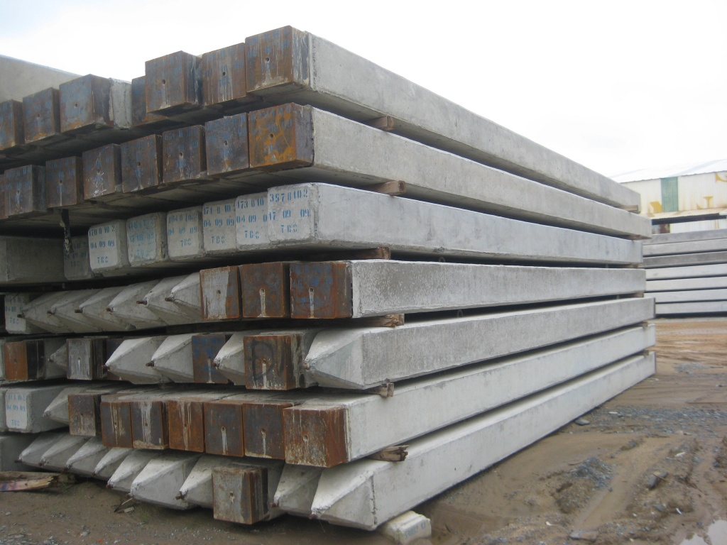 Manufacturing Concrete Pillars